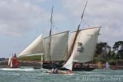 <h5>La Cancalaise à la rencontre des flottilles de la Semaine du Golfe.</h5>